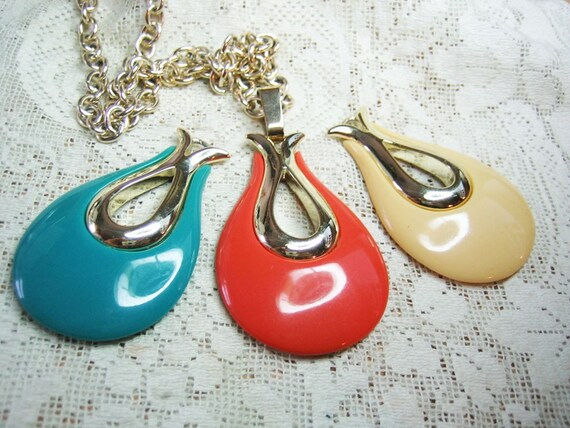 Sarah Cov 3 Pendant Necklace Free Shipping in USA