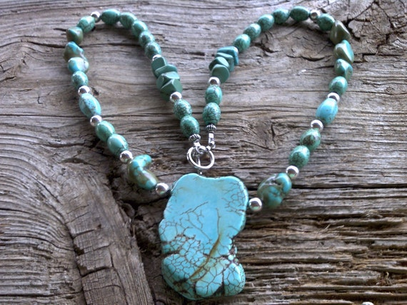 Turquoise, magnesite,silver beaded necklace 20 inches