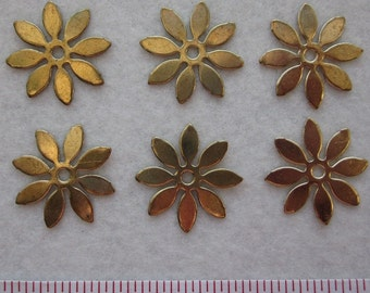 6 pcs 1 inch VINTAGE 8 Petal pointed smooth Brass Metal Flower Finding 61