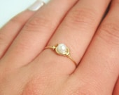 Thin Gold Pearl Ring