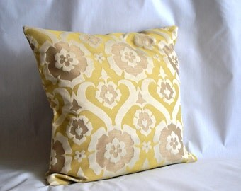 Throw Pillow Cover, 20 by 20 inch, Jacquard in Chamomile