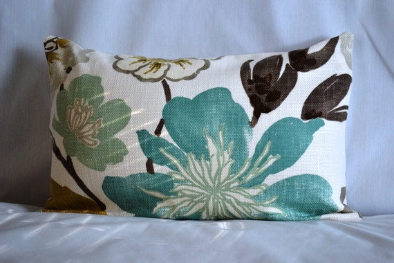14 by 20 inch, One Throw Pillow Cover, Floral pattern in Gorgeous Pearl