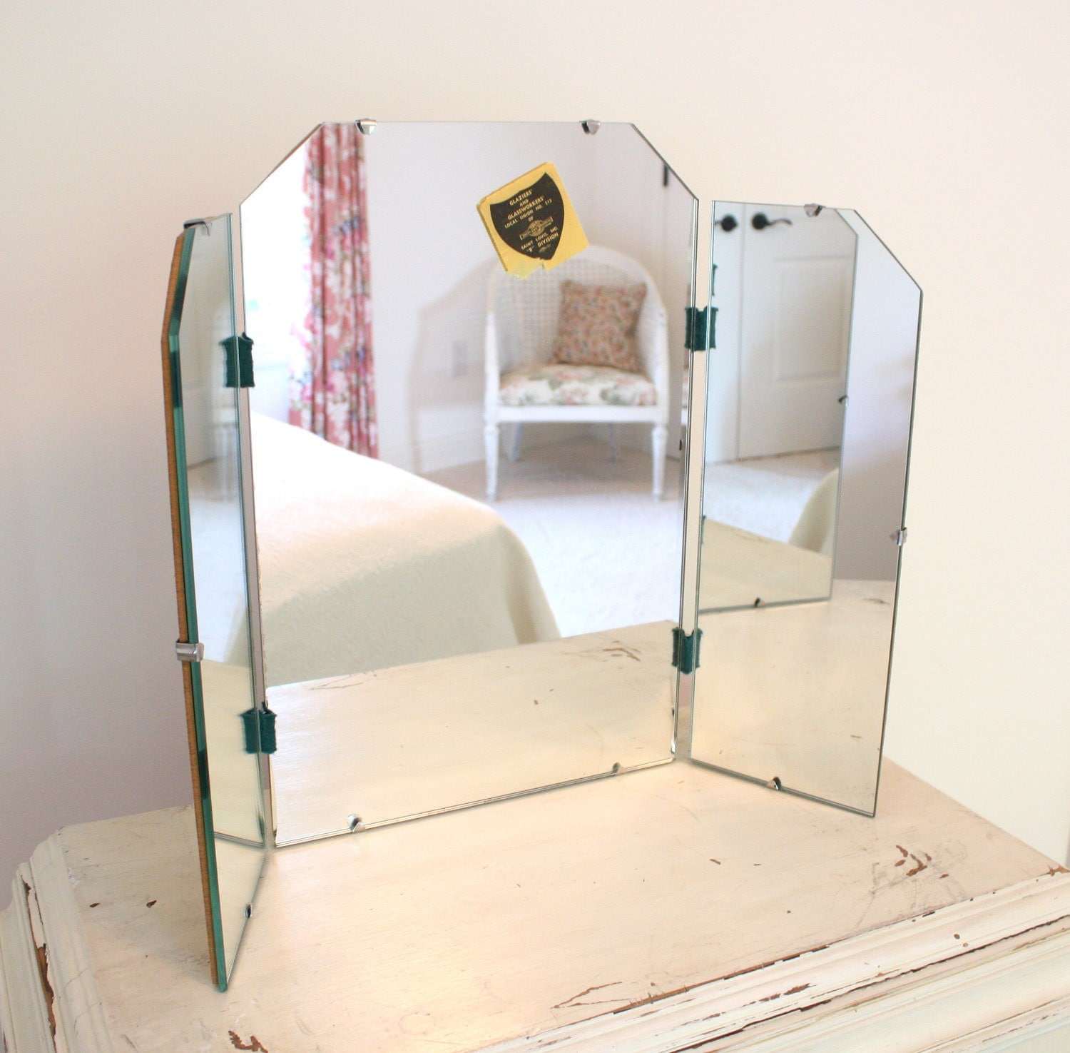 Vintage tri fold mirror vanity mirror shabby cottage chic for Tri fold mirror