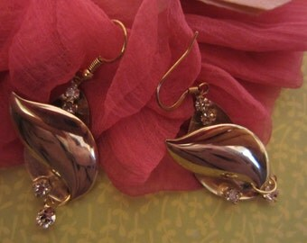 Gold Leaf Vintage Earrings