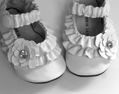 Baby Shoes - WHITE Double Ruffle & FLoWeR - The Journey - 0 3 6 9 12 18 24 months - leather soft sole -