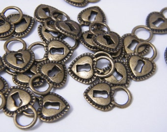 10 Lock Charms 18x12x3mm Antiqued Bronze Heart Padlock Charms Padllock Pendants