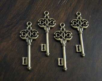 Boland - Skeleton Keys - 4 x Antique Brass Bronze Skeleton Key Vintage Celtic Style Keys
