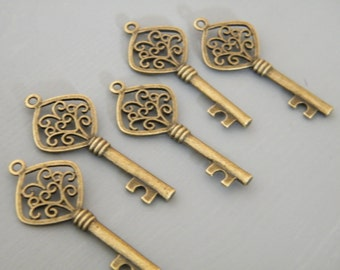 "20 Antiqued Bronze Skeleton Key Charms Vintage Ornate Keys Old Key Pendants Jewelry Making Charms Wedding Favor Necklace Charms ""Lee Keys"""
