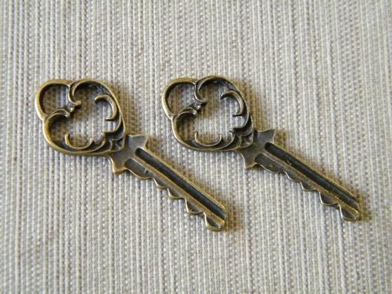 Eliot - Skeleton Keys - 6 x Antique Bronze Brass Vintage Skeleton Keys Fancy Key Set