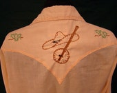 Honky Tonkin'... Vtg Mens Rockmount Western Shirt Banjo & Horse Embroidery and Pearl Snaps Small S