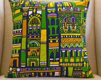Pillow Cover - Vintage Barkcloth - Medieval Cathedrals, Turrets and Castles - 18 x 18