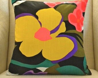 Pillow Cover - Vintage Vibrant Giant Yellow Flower - 18 x 18