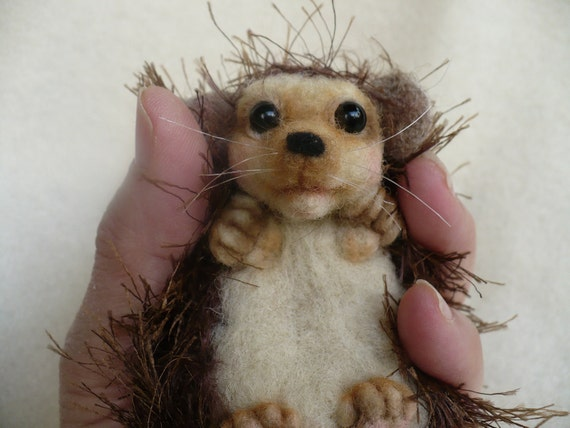 Needle felted, Hedgehog, OOAK  by Grannancan