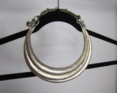 NECKLACE / CHOKER : ... ClRCLES of LlFE...  Estate Antique chinese tribal silver chocker