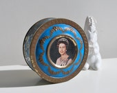 Vintage tin box, Diamond Jubilee, Royal blue and gold vintage tin decorated with Queen Elizabeth II