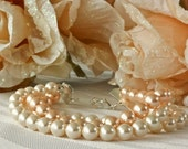 Peaches and Cream Twisted Pearl Bracelet