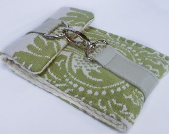 Stylish Case for Ipod Touch / Iphone, DROID etc in French Green and Cream Pattern