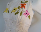 SALE SALE  Vintage BOHO Mexican Embroidery Halter Dress Wedding Garden -size small