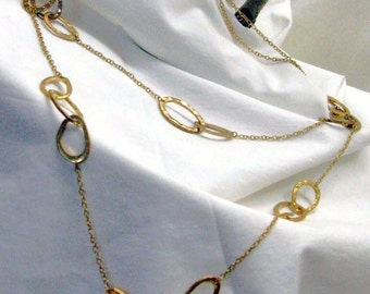 Vintage Treasure Marvelous Shining Goldtone Necklace with Hammered Ovals  Modern Magic  Links of Shine & Sparkle