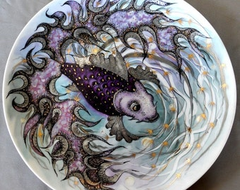 Round Purple Fish Porcelain Plate China Painting