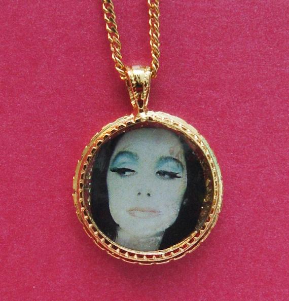 Necklace PJ Harvey Lucky Charm