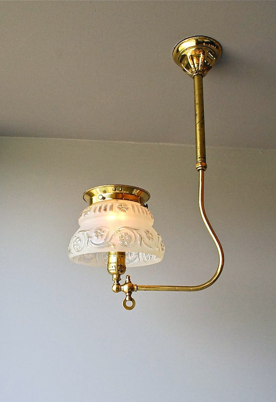 Vintage gaslight, circa 1900