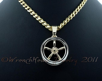 14KT Gold Classic Mag Wheel Pendant
