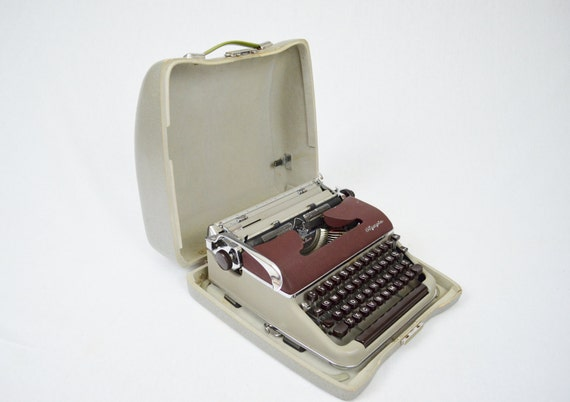 Vintage 1955 Olympia SM-3 DeLuxe Manual Typewriter (Reserved for Lori)