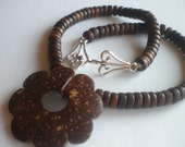 Boho Wood Beaded Necklace with Flower Pendant