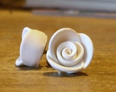 Rosebud Studs - White Out