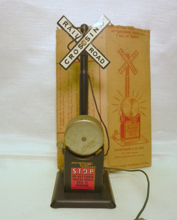 50s Marx toy train crossing signal with bell 418  and original box
