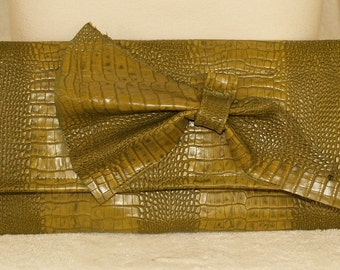 Yellow Green Alligator Envelope Clutch Handbag with Abstract Bow