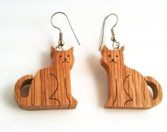 Wooden Cat Earrings (Silver)