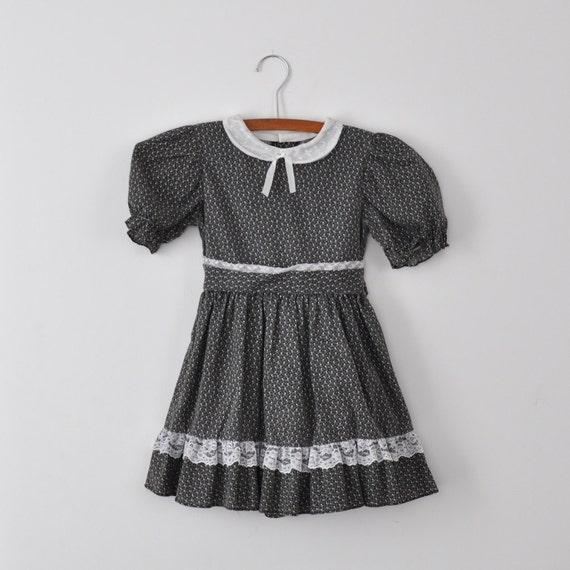 Vintage Black Floral Peter Pan Collar Dress (5T)