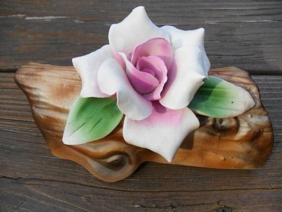 VINTAGE Nuova Capodimonte Italian Porcelain Rose