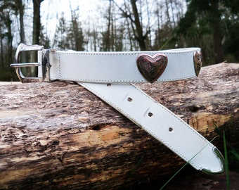 80s CONCHO HEARTS White Leather Western Belt, xs