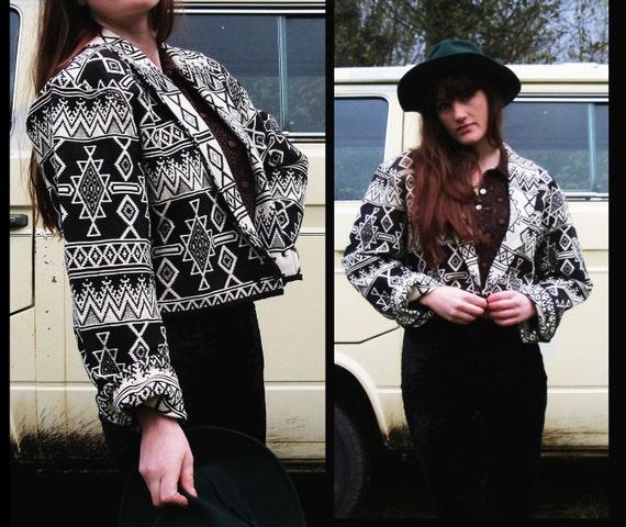80s SOUTHWESTERN vtg Cropped BOLERO Geometric Print Jacket, M