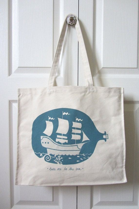 Ship in a bottle tote