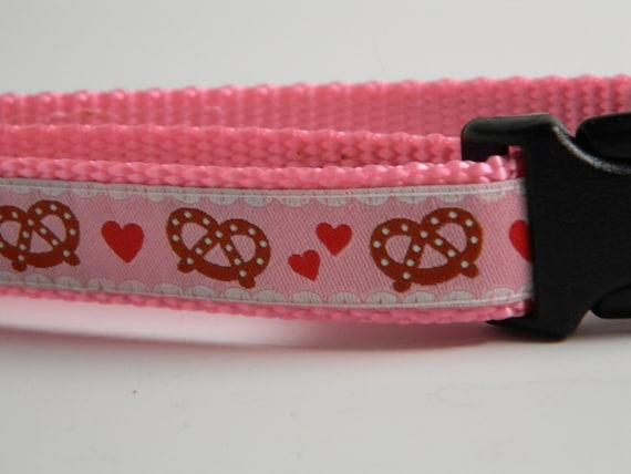 Bavarian Pretzel Dog Collar- Pink