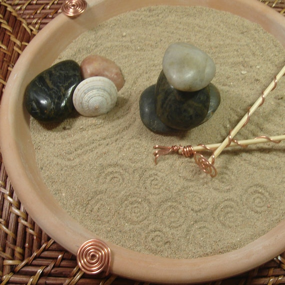 Tabletop zen garden dune by lmsmetalart on etsy for Table zen garden