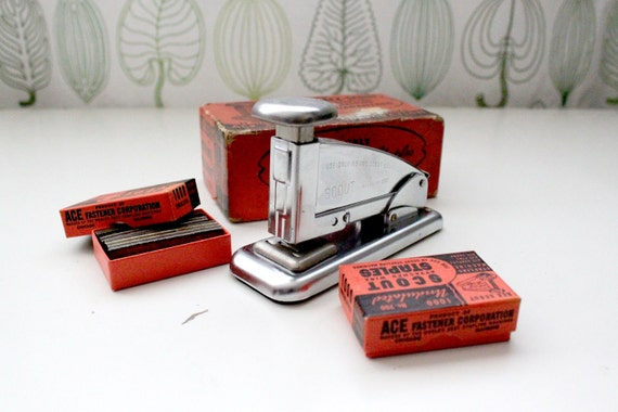 Vintage ACE SCOUT Stapler - comes with IT Staples - In Original red Box