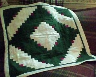 Christmas Green and White Log Cabin Table Topper, Wall Hanging