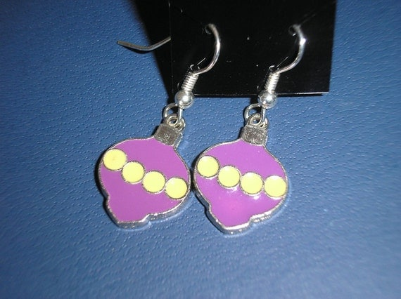Christmas ornament earrings with enameling/purple with yellow
