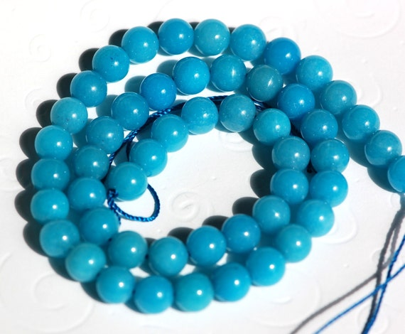 "8mm TURQUOISE BLUE Round Dyed Jade Gemstone Beads . 15.5"" strand . about 51 beads gjd0040"