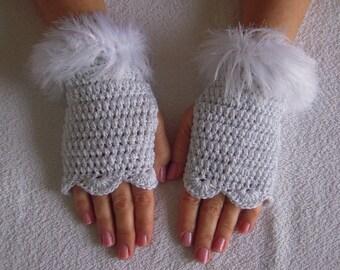 Handmade crochet gloves/fingerless/bridal,romantic,girly gloves  in sparkle white with faux fur