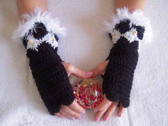 Black and white handmade crochet gloves/fingerless/armwarmers with faux fur/marabu size S,M,L ready to ship gift idea for her by golden yarn