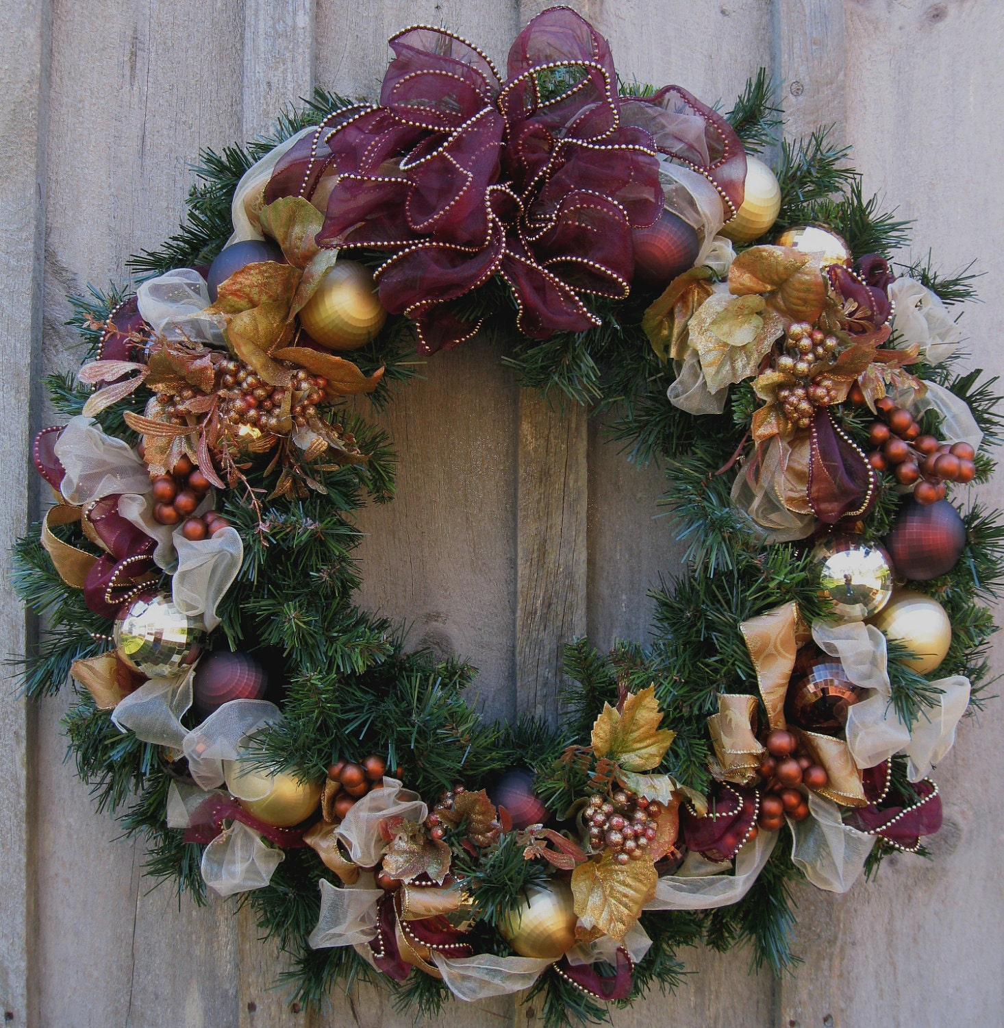 Christmas wreath holiday victorian wreath elegant designer Christmas wreath decorations