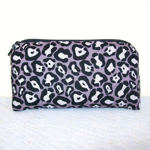"""Grey & Black Cheetah Print Cotton Padded Pipe Pouch 5.5"""""""