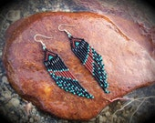 A-line short beaded dangle earring / Native Nights Collection