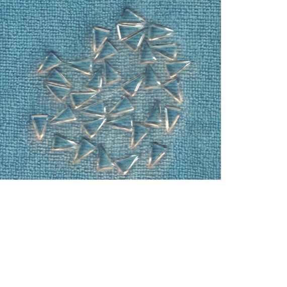 50 Vintage Beveled Glass Crystal Triangles 16x10.5mm